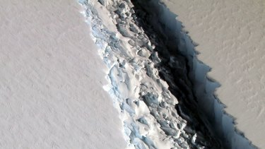 The Larsen C rift on November 10, 2016.