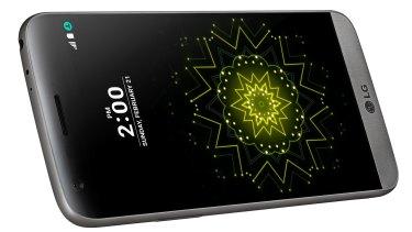 The LG G5.