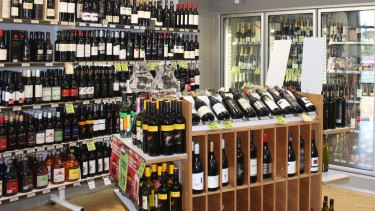 A reduction in the trading hours of bottle-shops could help curb alcohol-related harm, according to the article.