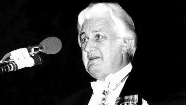 John Kerr gives a speech at Dallas Brooks Hall in Melbourne in 1974.