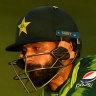 Hafeez steers Pakistan to thrilling win over England to tie series
