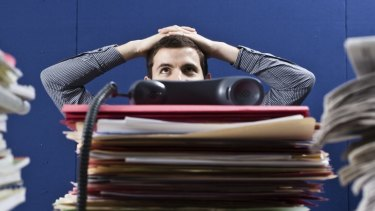 Study findings suggest employers need to actively assist their workers to combat job stress.