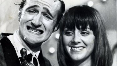 Norman Gunston (alias Garry McDonald) with Denise Drysdale after his 1976 Logie win.