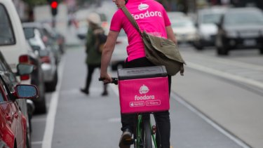 Foodora and Deliveroo riders are employed as independent contractors.