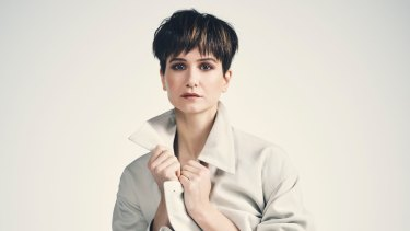 Waving a wand didn't come naturally to Fantastic Beasts star,  Katherine Waterston.