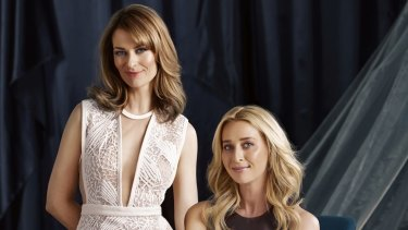 Kat Stewart and Asher Keddie will be back in <i>Offspring</i> in 2016, after Ten announced the series would return for a sixth season.
