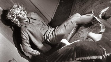 Tippi Hedren suffered from exhaustion after five days of filming an attack scene with live birds for Hitchcock's 'The Birds'.