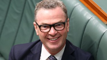 The CSIRO staff union has asked Christopher Pyne to suspend job cuts and set up an inquiry into CSIRO management.