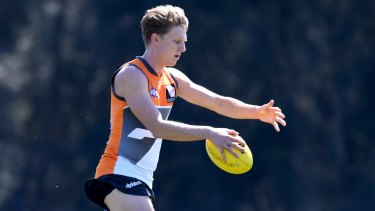 The Giants have extended Lachie Whitfield's contract.