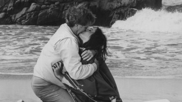 Elizabeth Taylor and Richard Burton in The Sandpiper.