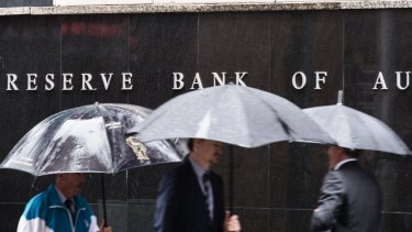 The Reserve Bank has a difficult decision in when to start lifting the cash rate.