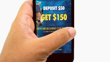 Live in-play online betting will remain illegal, the federal government says.