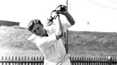 Richie Benaud in the nets in 1952.