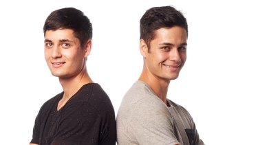 Twins Brodie and Dylan Pawson compete against each other on Australian Ninja Warrior.
