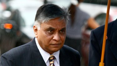 Jayant Patel arrives at the Brisbane Magistrates Court on the fourth day of the committal hearing against the former Bundaberg Base Hospital surgeon in 2009.
