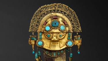 Inca sacrificial knife, made from gold, silver, chrysocolla, turquoise, lapis lazuli,and spondylus.