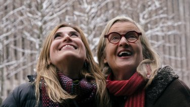 Billie Pleffer and Gillian Armstrong enjoy a snowy day in New York.