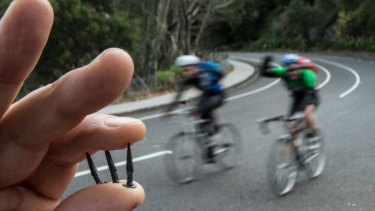 The cycling community is organising a 24-hour ride to counter the littering of Yarra Boulevard with tacks.