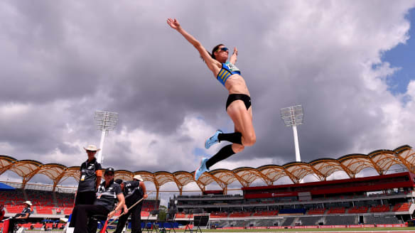 Athletics: Canberra hurdler Lauren Wells bound for Commonwealth Games with 11th title