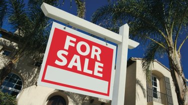 Agents are increasingly encouraging vendors to sell off-market, but experts say this could result in sub-par sale prices.