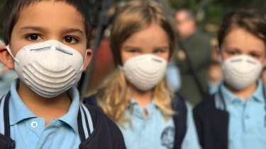 Pupils at Rozelle Public School protest against the proposed location of unfiltered emissions stacks near their school.