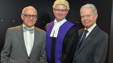 Chief Judge Kidd flanked by his predecessor Michael Rozenes (L) and former Chief Judge Glenn Waldron.