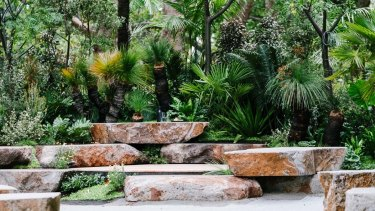 Phillip Withers' Welcome Garden, at the Melbourne International Flower and Garden Show, used tiles of Dichondra repens.