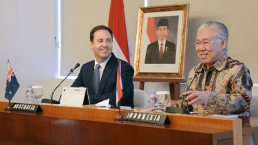 Indonesian Trade Minister Enggartiasto Lukita with Australian Trade Minister Steve Ciobo