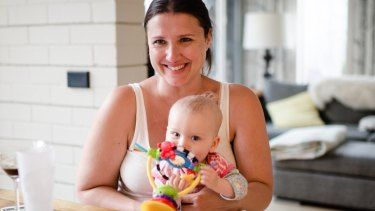 Vanessa Lavars, with her baby daughter, takes an antidepressant and has counselling but believes exercise is underrated as a treatment.