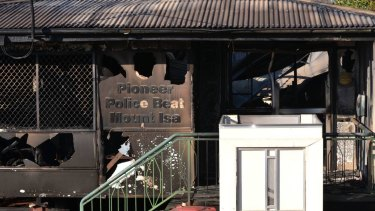 Fire destroyed a police beat in the north west Queensland town of Mt Isa.