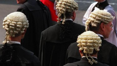 Computer software may put lawyers' jobs at risk.