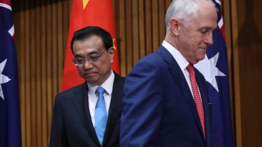 Prime Minister Malcolm Turnbull and Premier Li Keqiang of China during a signing ceremony at Parliament House in Canberra on Friday.