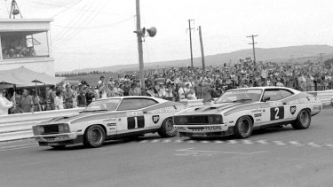 The classic finish as two Ford Falcons finish first and second at the 1977 Bathurst 1000.