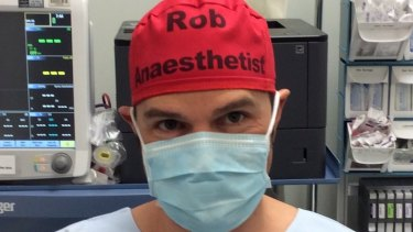 Sydney anaesthetist Dr Rob Hackett started wearing a red cap identifying him by his first name and position to reduce errors that could potentially be caused by staff not knowing their colleagues' names.