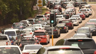 10,000 more 'unregistered' Qld drivers fined as rego stickers go