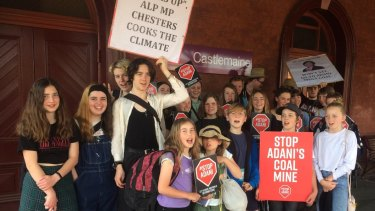 Castlemaine schoolkids strike for the environment.