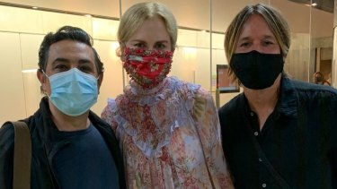 Opera singer Virgilio Marino (left) with Nicole Kidman and Keith Urban after a performance of The Merry Widow.