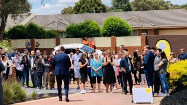 Sydney buyers starved of stock continue to storm the market and push clearance rates to exceptionally high levels.