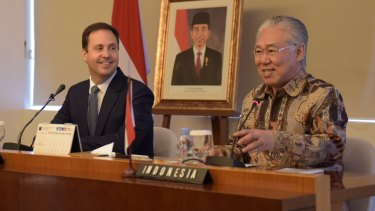 Indonesian Trade Minister Enggartiasto Lukita pictured with the then Australian trade minister, Steve Ciobo, in September last year during negotiations.