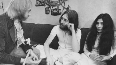 Brisbane rock journalist Ritchie Yorke interviews  John Lennon and Yoko Ono in 1969.