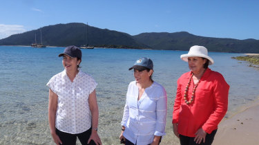 Premier Annastacia Palaszczuk, Environment Minister Leeanne Enoch and member for Mackay Julieanne Gilbert at the Great Barrier Reef during the 2017 election campaign.