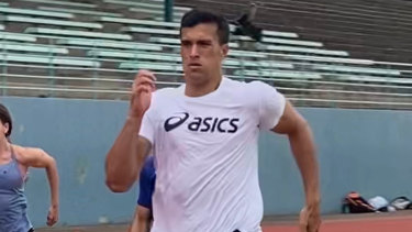 Joseph Suaalii in full stride while training with sprint coach Roger Fabri.