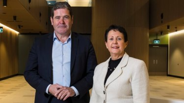 Deborah Latta, pictured here with Healthscope chief executive Gordon Ballantyne, has resigned as the chief executive of the Northern Beaches Hospital.