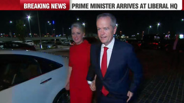 Labor leader Bill Shorten has arrived at the Labor Party HQ with his wife, Chloe Shorten.