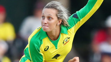 Ash Gardner is one of three indigenous players to own a baggy green.