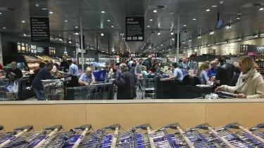 Shoppers pour into Aldi.