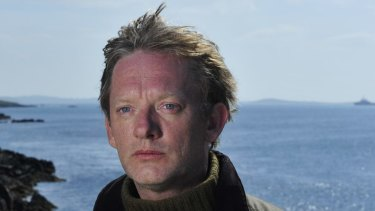 Douglas Henshall plays DI Jimmy Perez in Shetland.