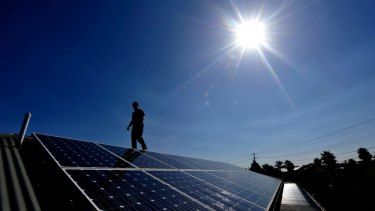 Queensland solar power users will now have to negotiate with retailers a price for the energy they produce.