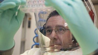 Research scientist Glenn Marsh working at CSIRO'™s Australian Animal Health Laboratory in Geelong.