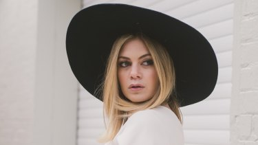 Jess Dempsey: started her blog to flaunt her personal style.